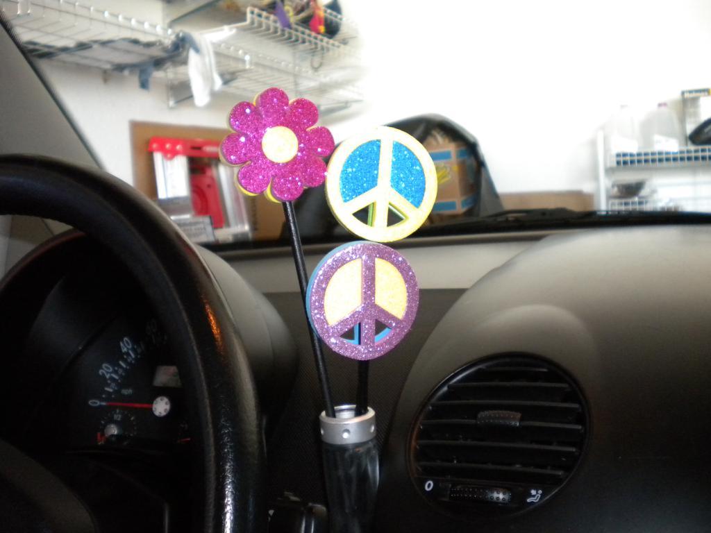 vw bug flower vase - startupinsights.org & Vw Bug Flower Vase \u0026 Short Stemmed 13cm Gerbera Flower With Pearl ...