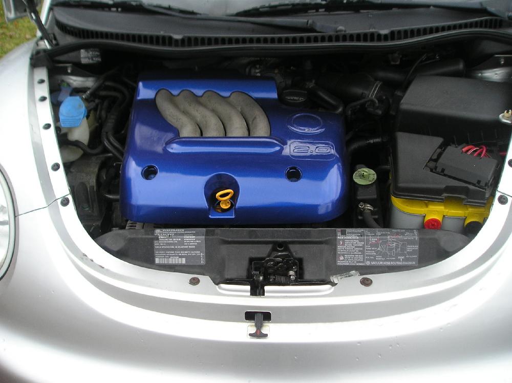 F/s 98 Beetle 2.0 5 Speed-engine.jpg