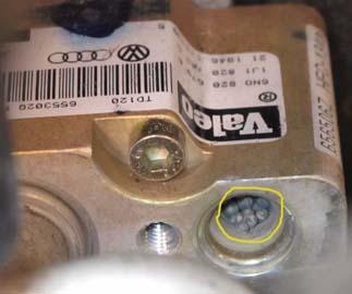 Evaporator Core access-expansion-valve.jpg