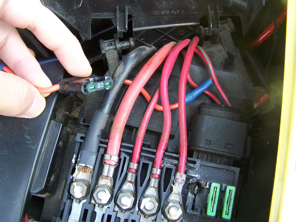 Fuse Box On 2001 Vw Beetle Wiring Library Super A C Only Blows Hot Air Newbeetle Org Forums Rh