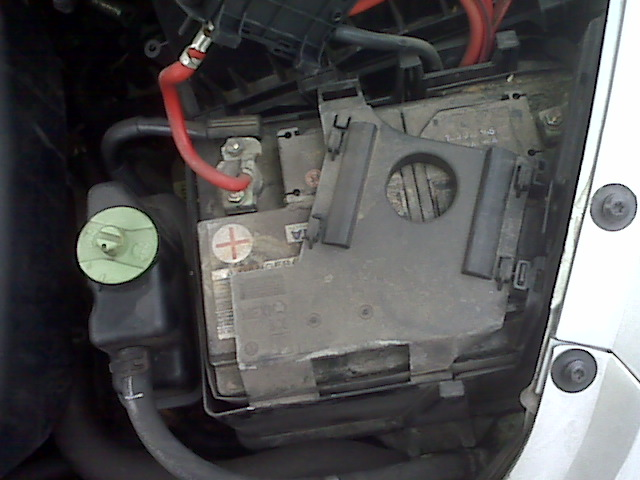 I do not like this battery box - 2003 TDI - NewBeetle.org Forums