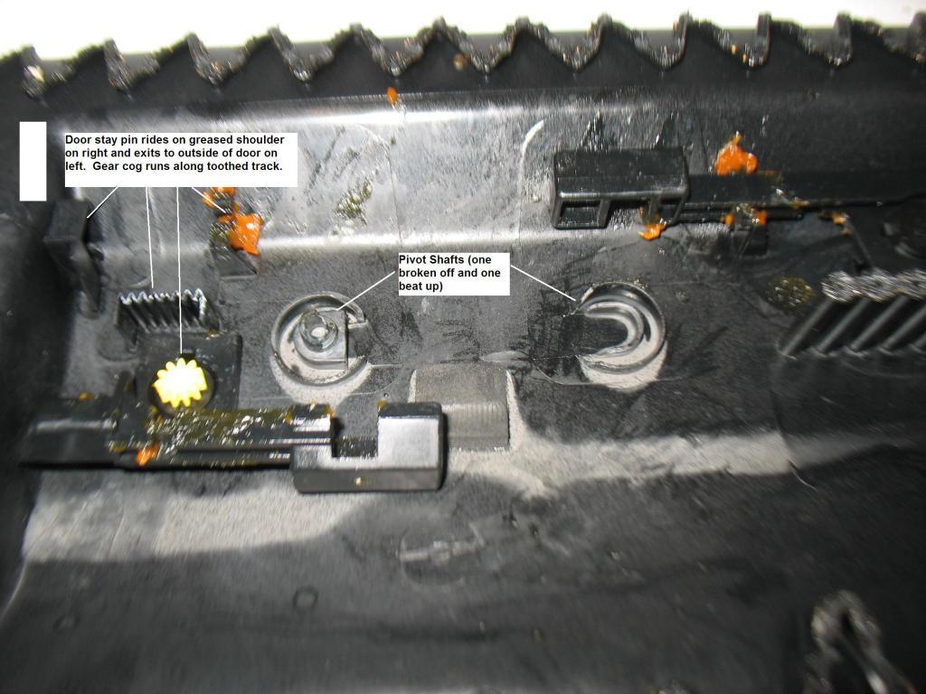Glove Box Repair - Splitting open the door-img_3603.jpg