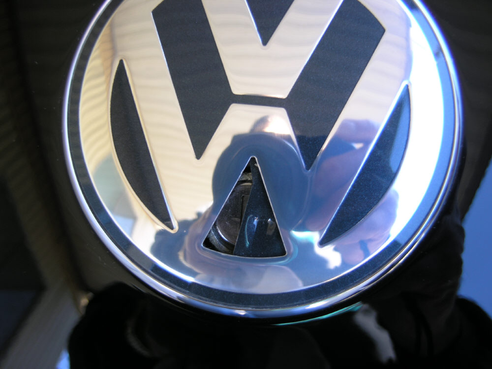 Closing The Trunk Dented The Vw Sign Page 2