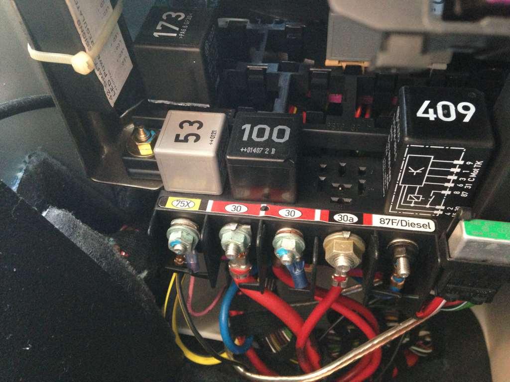 fuel pump, fuel pump relay, or fuel pump module control? newbeetle