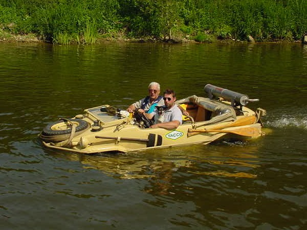 Do they still float?-schwimmwagen03.jpg