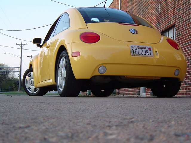 YELOJKT- 2000 reflex yellow 1.8T GLS-yelojkt.jpg