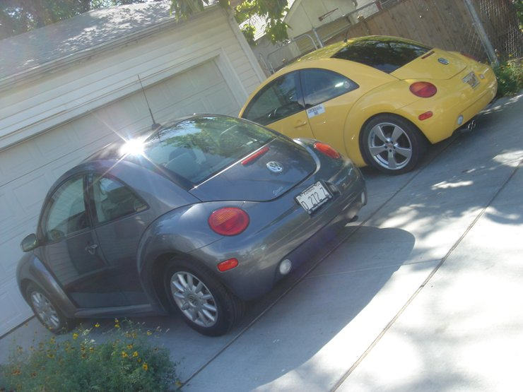 YELOJKT- 2000 reflex yellow 1.8T GLS-yelojkts-temporary-garage-mate.jpg